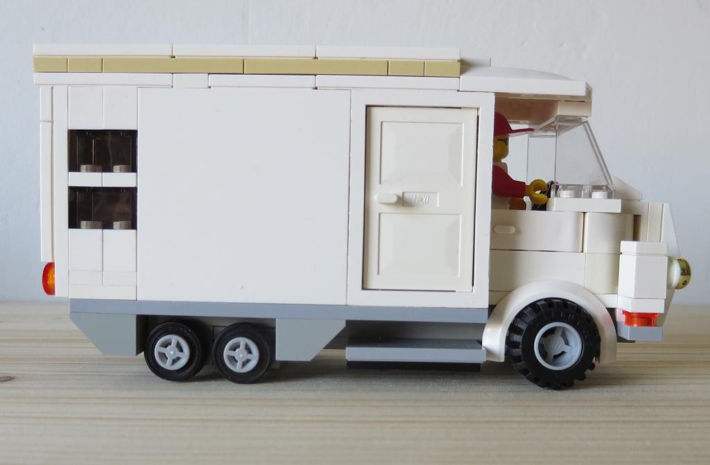 wohnmobil e co liner lego bei gemeinschaft forum. Black Bedroom Furniture Sets. Home Design Ideas