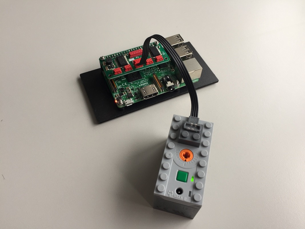 raspberry pi auf powerfunctions adapter lego bei. Black Bedroom Furniture Sets. Home Design Ideas