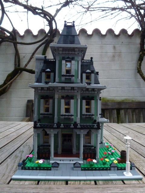 re geisterhaus 10228 renoviert modulares haus lego bei gemeinschaft forum. Black Bedroom Furniture Sets. Home Design Ideas