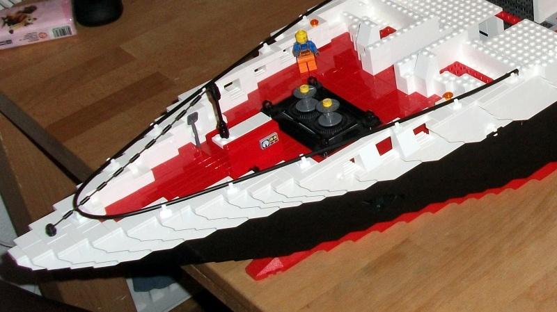 re mega projekt kreuzfahrtschiff 2 meter weiter gehts lego bei. Black Bedroom Furniture Sets. Home Design Ideas