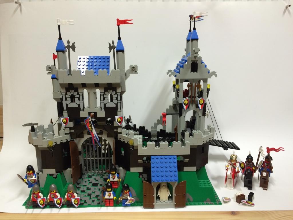 lego 6090 burg k nigstor royal knight 39 s castle lego. Black Bedroom Furniture Sets. Home Design Ideas