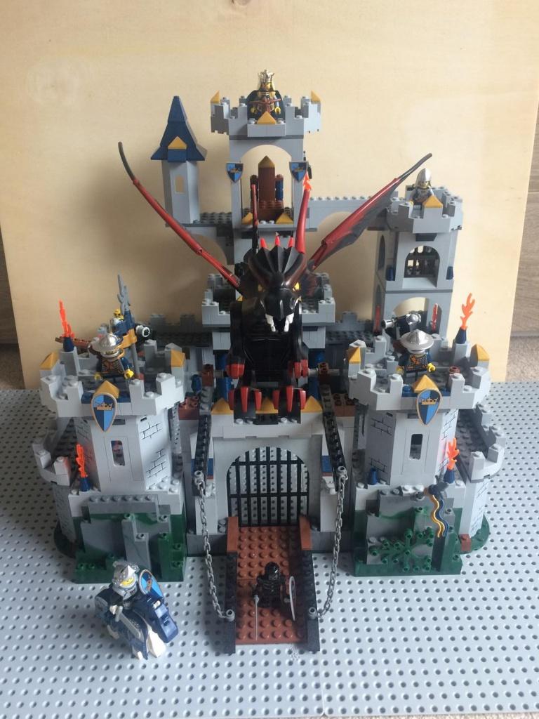 lego castle 7094 gro e k nigsburg lego star wars lego bei gemeinschaft. Black Bedroom Furniture Sets. Home Design Ideas