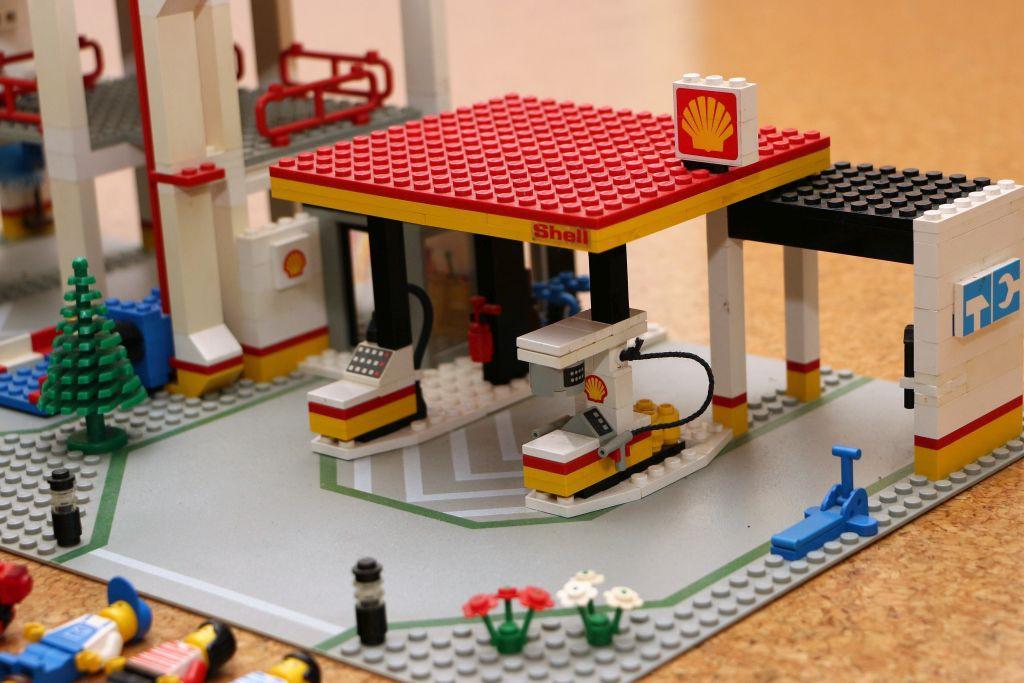 lego parkhaus aus den 80ern 6394 mit ba lego bei gemeinschaft forum. Black Bedroom Furniture Sets. Home Design Ideas