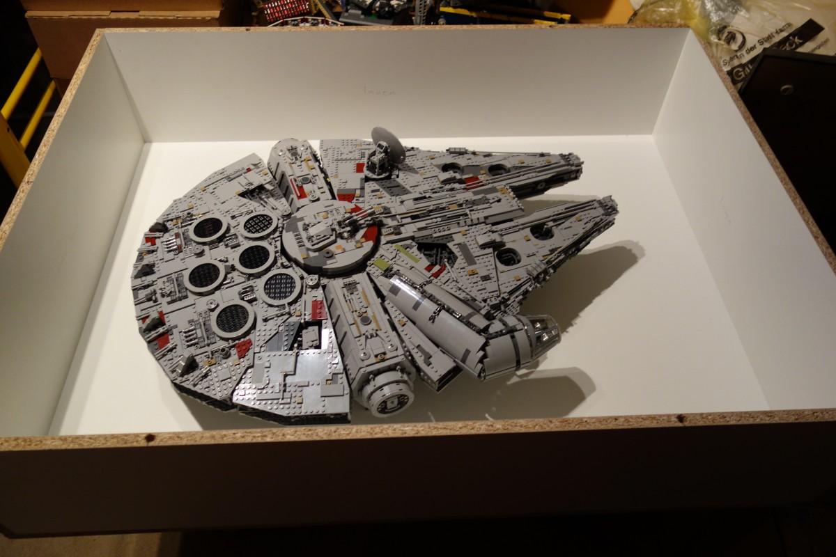 Ein Zuhause für den 75192 Millenium Falcon :: LEGO bei