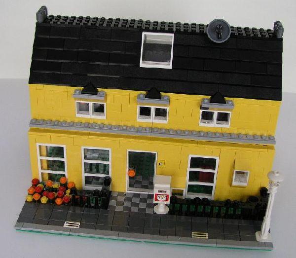 re gelbes haus aus 2x 4996 lego bei gemeinschaft forum. Black Bedroom Furniture Sets. Home Design Ideas